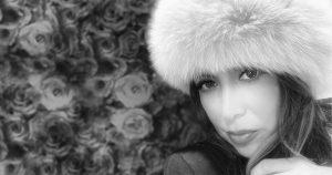 lisa_pink_hat_b